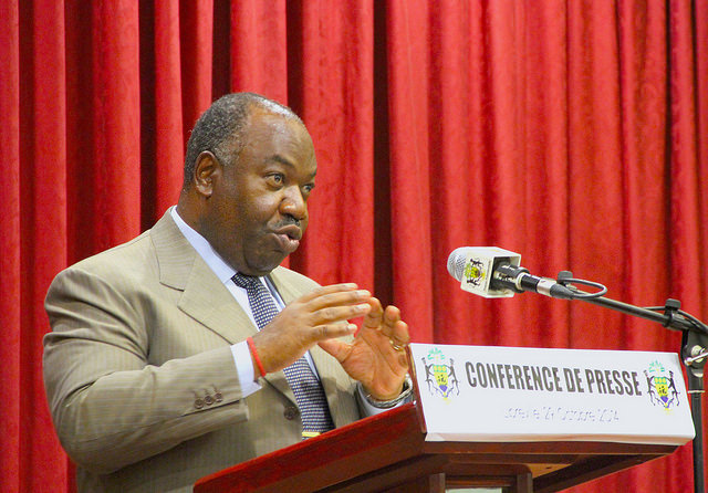 Gabon: Ali Bongo pour des négociations gouvernement-syndicat sans tabou