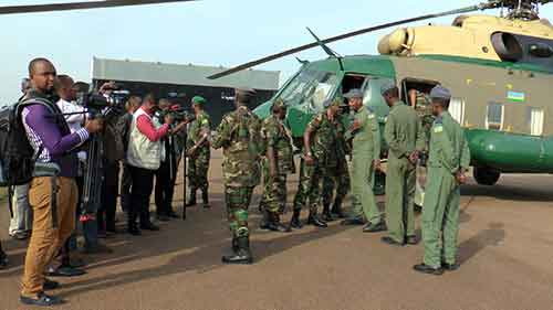 Le patron de l'armée débarque sur les vestiges de la guerre de libération contre les forces d'Habyarimana