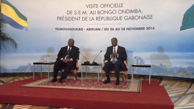 Ali Bongo Ondimba et Allassane Ouattara très détendus durant la signature des accords @ gabonactu.com