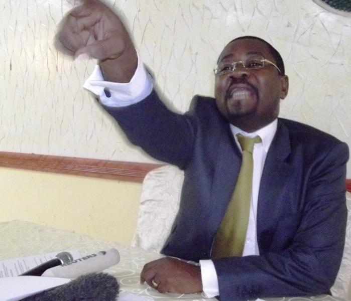 Bolloré doit quitter le Gabon exige un avocat