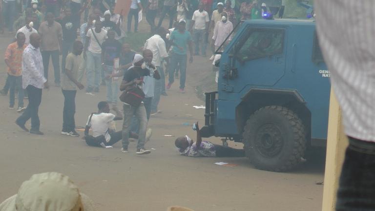 Ca a chauffé jeudi à Libreville mais pas de casse