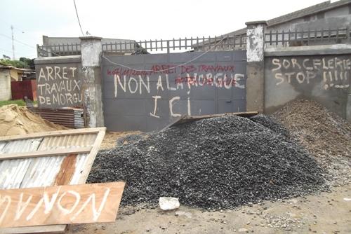 Colère à Libreville contre le projet d'une morgue à côté d'une école