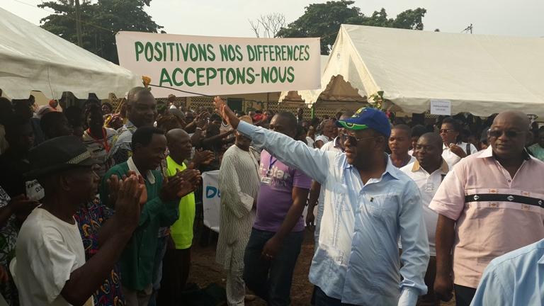 Chambrier fils hausse le ton, «le Gabon est en crise»