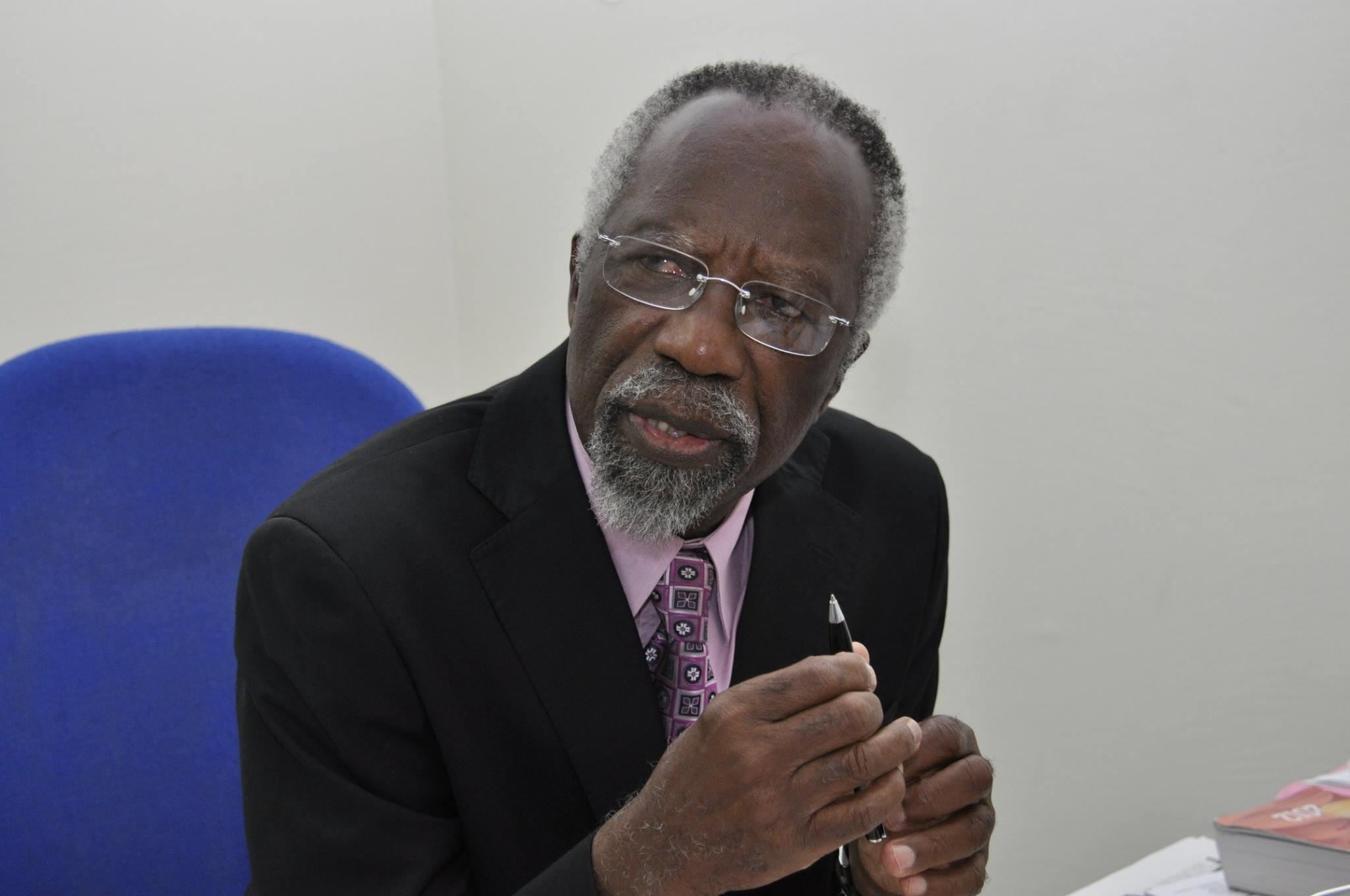 Pierre A. Kombila empêché de quitter le Gabon