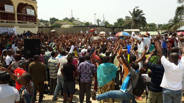 En colère les fonctionnaires déclenchent une grève générale illimitée dès ce lundi