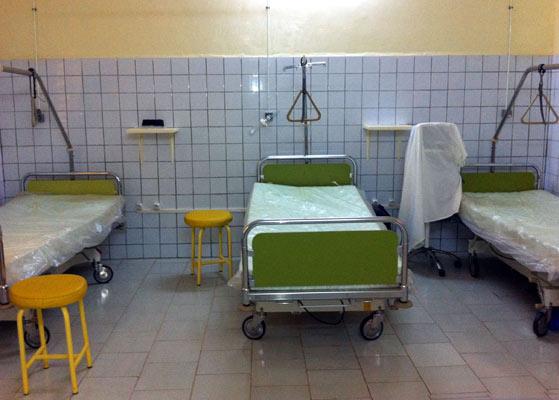Un malade mental abandonné dans un hôpital en grève meurt dans la solitude
