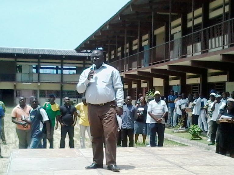 Dynamique unitaire durcit la grève des fonctionnaires