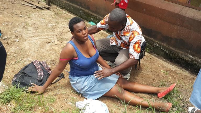 Cette élève prise en charge par un passant a perdu connaissance @ gabonactu.com