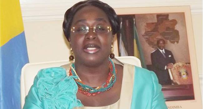 Insolite : Le ministre de l'éducation nationale rappelle à l'école élèves et enseignants déjà en vacances
