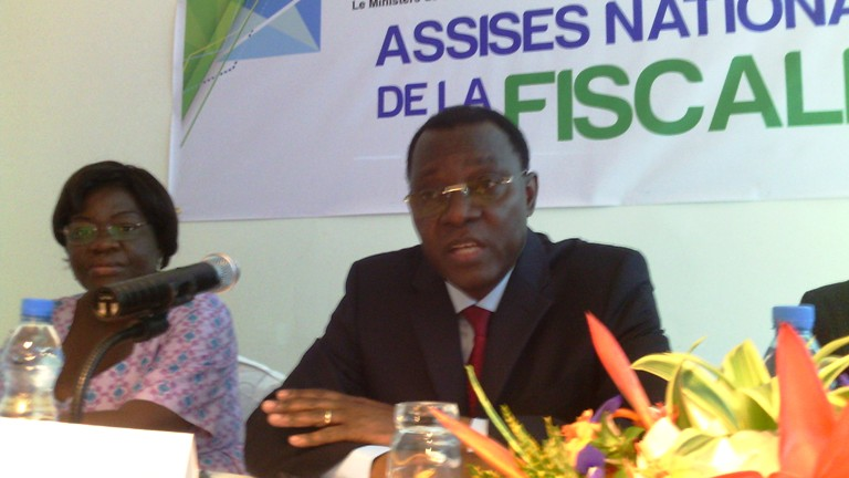 Payer ses impôts est un devoir national a insisté Joël Ogouma @ gabonactu.com