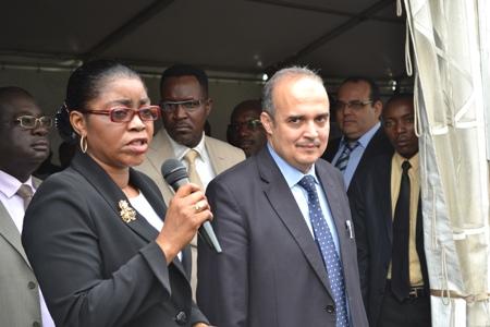 Les deux partenaires après le coup d'envoi de l'opération @ gabonactu.com