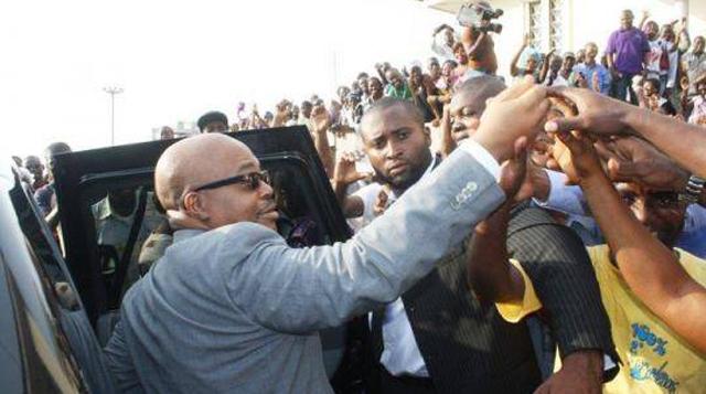 AMO sera inhumé à Meudouneu après un hommage à Libreville et Oyem
