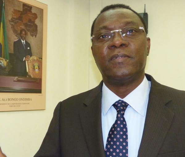 Joël Ogouma plus que jamais déterminé à fiscaliser tous les commerçants de Mont Bouët @ Gabonactu.com
