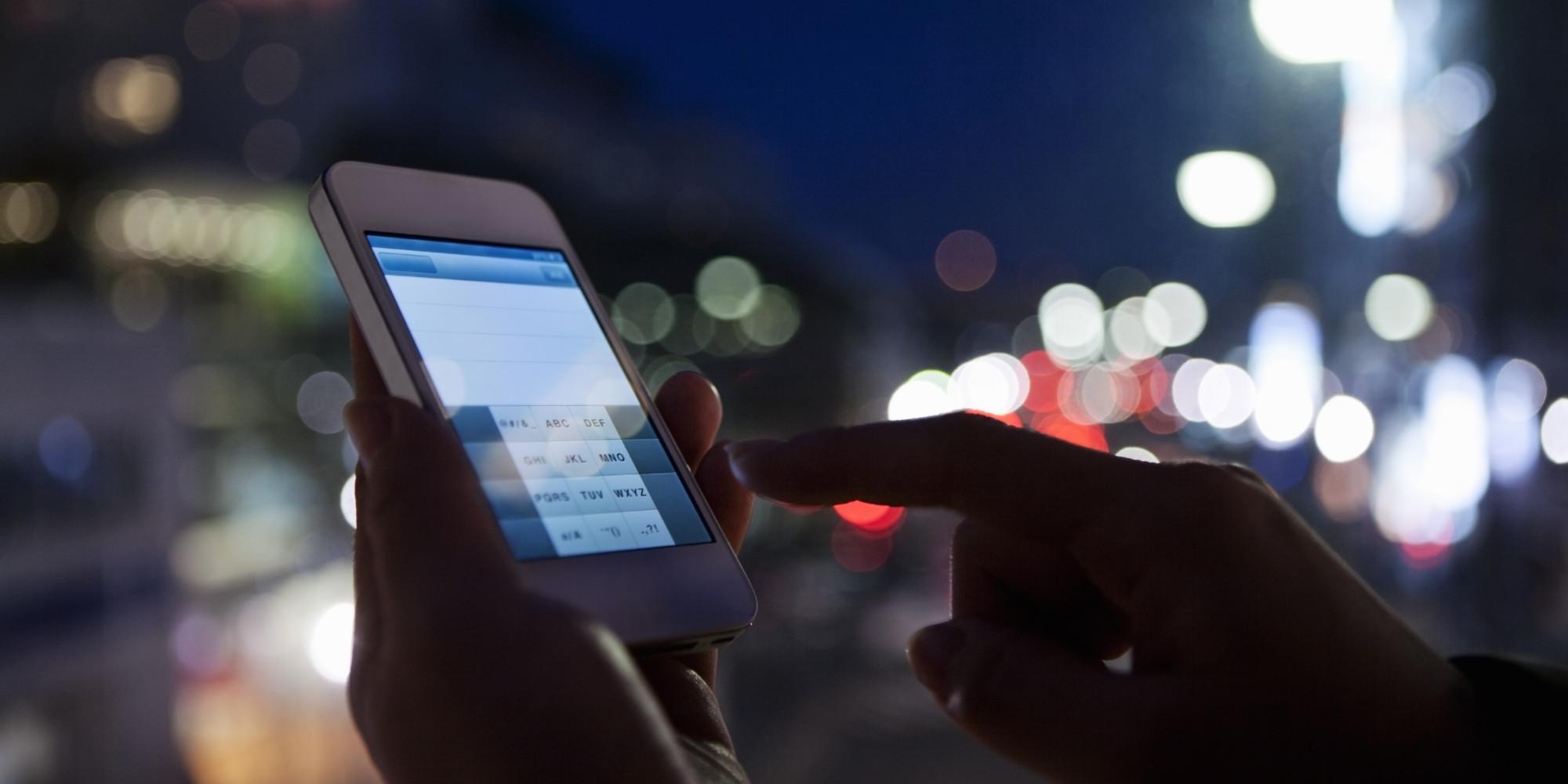 Gabon: les Smartphones menacent de faire disparaître les cybercafés (Reportage)