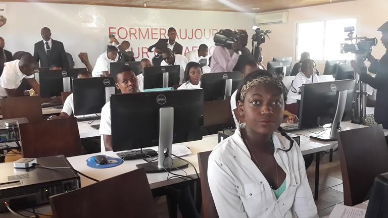Quelques apprenants au Centre de formation IAI de Libreville le 8 juin 2015@Gabonactu.com
