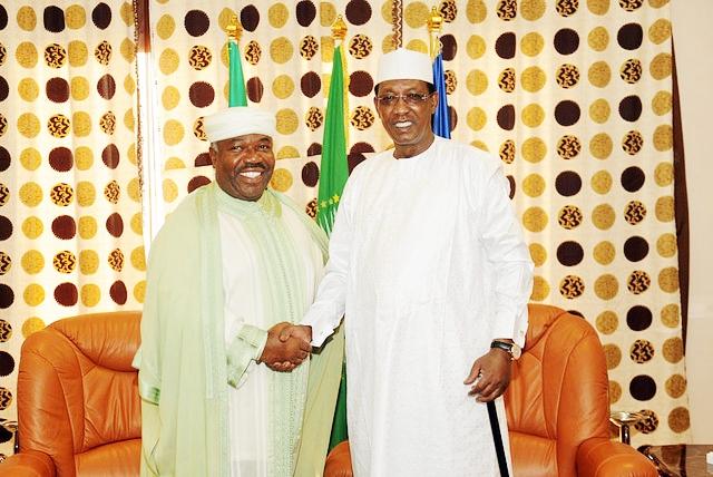 Ali Bongo apporte son soutien à Idriss Déby Itno