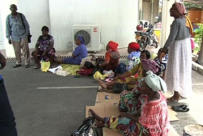 Des agents de Gabon Poste assiègent le comité de privatisation à Libreville