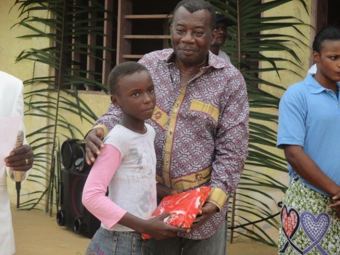 Un ancien député récompense les meilleurs élèves de son fief politique