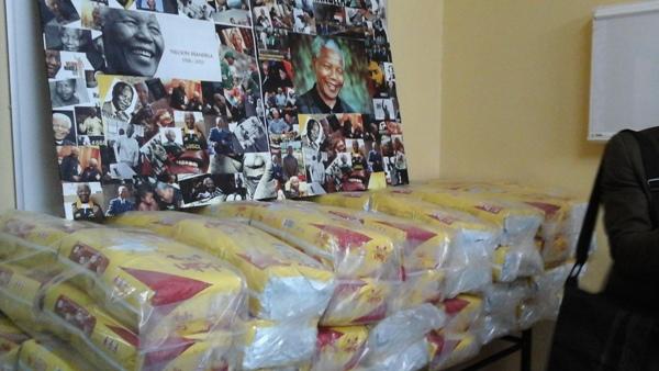 Nelson Mandela apporte une dose d'amour au CHU de Libreville