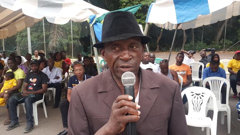 Le chef du quartier Beau-Séjour posant les doléances des populations @ Gabonactu.com