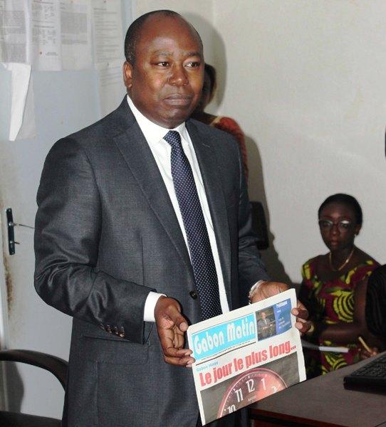 Bilie By Nze refuse la messe de requiem de Gabon Matin en cessation de paiement