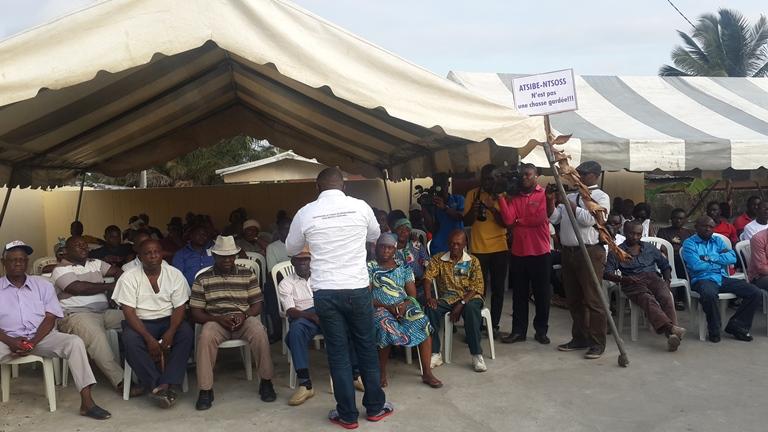 Nous ne sommes pas des opposants (habitants d'Atsibe-Ntsoss)