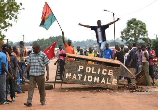 Ali Bongo condamne pour la CEEAC le putsch au Burkina Faso