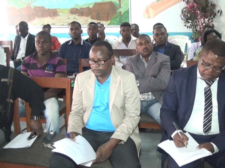 Les entrepreneurs à suivi des explications avec beaucoup d'attention @ Gabonactu.com