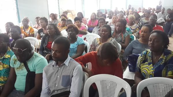 Insolite : des centaines d'agents municipaux sans salaire depuis 8 ans à Libreville