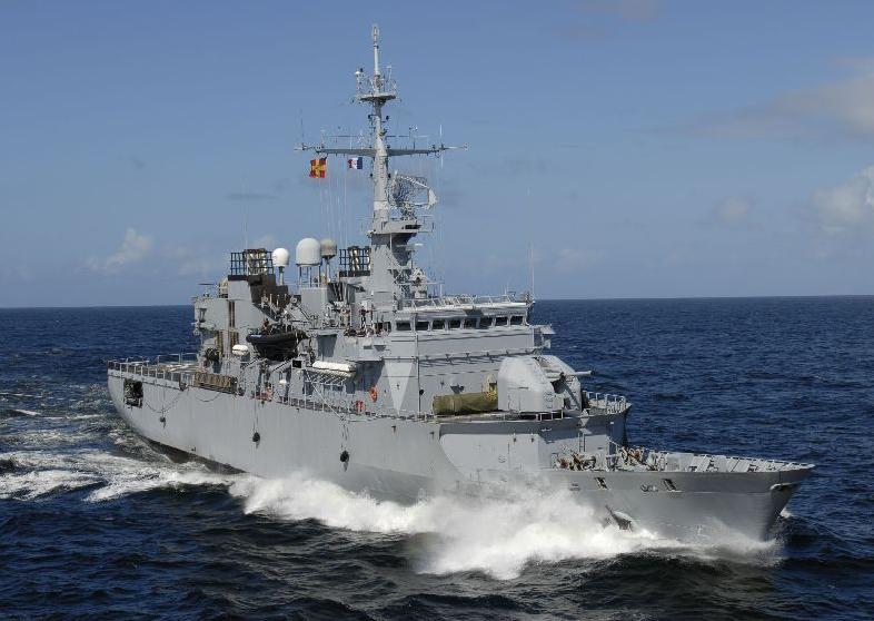 Une frégate de la marine française a récemment mouillé sur les côtes gabonaises