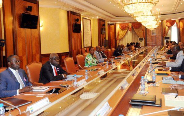 Budget 2016 en baisse de 25 milliards de FCFA