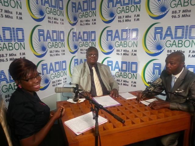 Les élèves de Libreville subissent une transhumance détestable (Ministre)