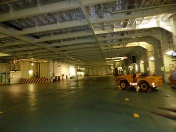 Hangar pour hélicoptères