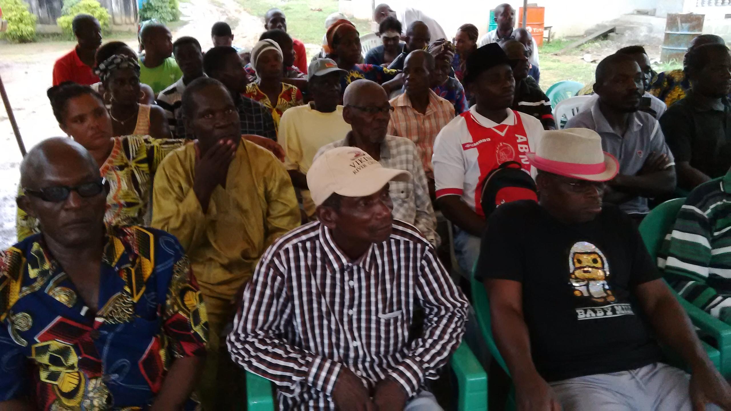Les membres du groupe Apindzi  en colère présents à la déclaration @ Gabonactu.com