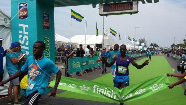Le Kenyan Luke Kibet vainqueur du marathon du Gabon 2015