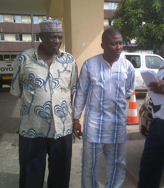 ADamou NOUHOU & Adamou Ba MAMADOU les deux présumés trafiquants d'ivoire @ Conservation et justice
