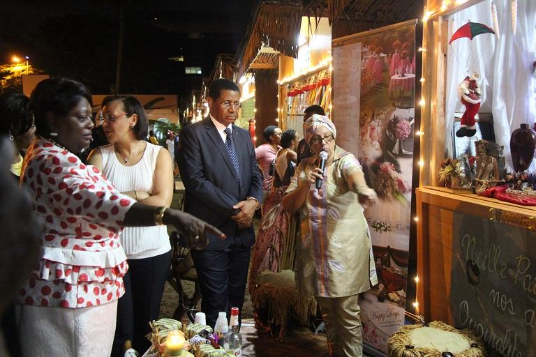 Ona Ondo ouvre une foire de Noël à Libreville