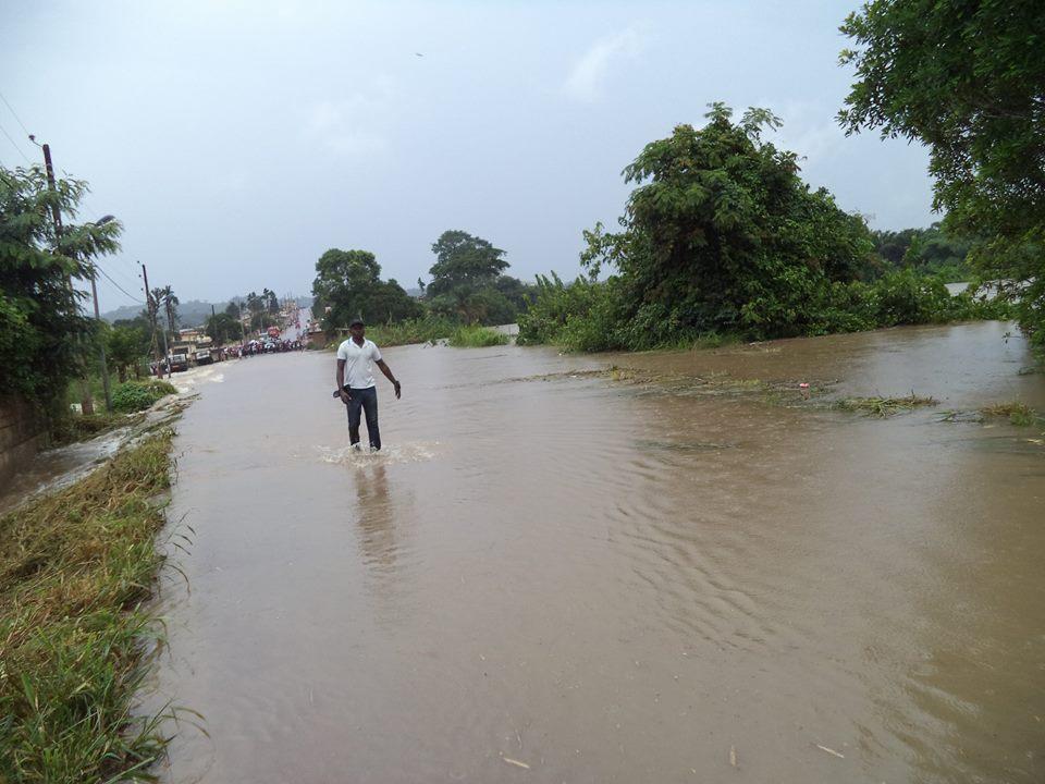 La Mpassa déborde et inonde 8 quartiers de Franceville
