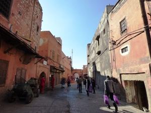 Une coopérative de fabrication d'huile d'argon et une rue ancienne de la médina @ Gabonactu.com