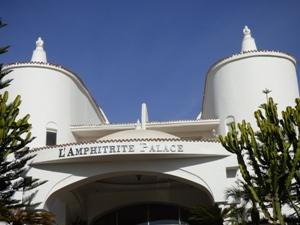 Derrière cette façade se cache un luxe insolent @ Gabonactu.com