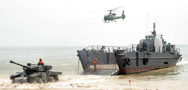 L'armée bombe ses muscles au Cap Estérias