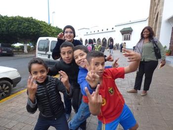 Des petits marocains du quartier Gironde @ Gabonactu.com