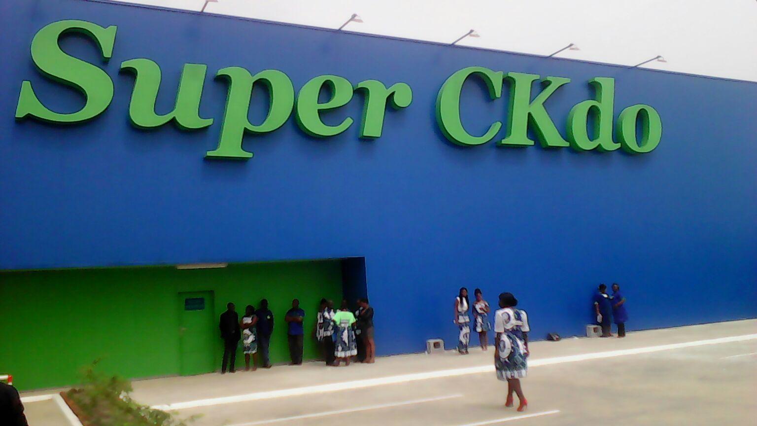 Ali Bongo inaugure le Super CKDO au carrefour SNI à Owendo