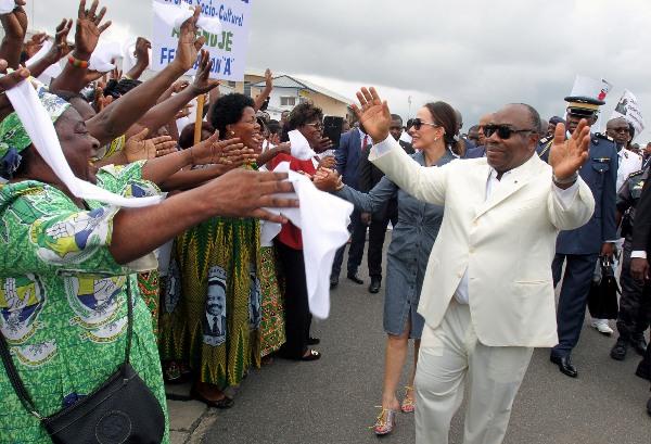 Ali Bongo à Port-Gentil pour une revue de ses chantiers