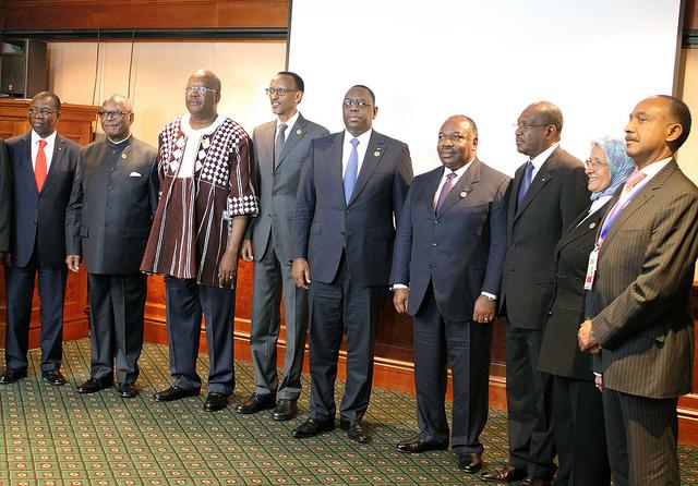 UA : Idriss Déby Itno succède à Robert Mugabe