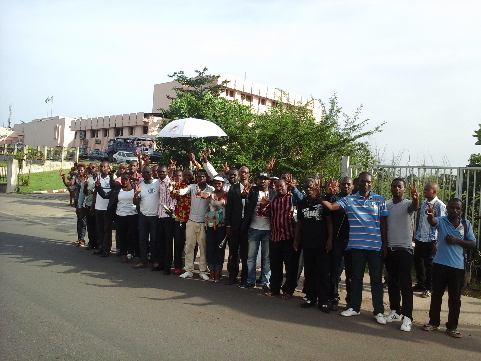 Urgent les 13 jeunes interpellés à l'arrivée de Ping libérés