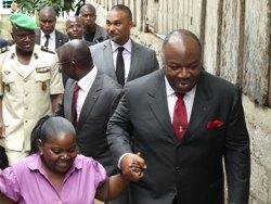 Ali Bongo dans un pivot de Kinguelé @ DCP