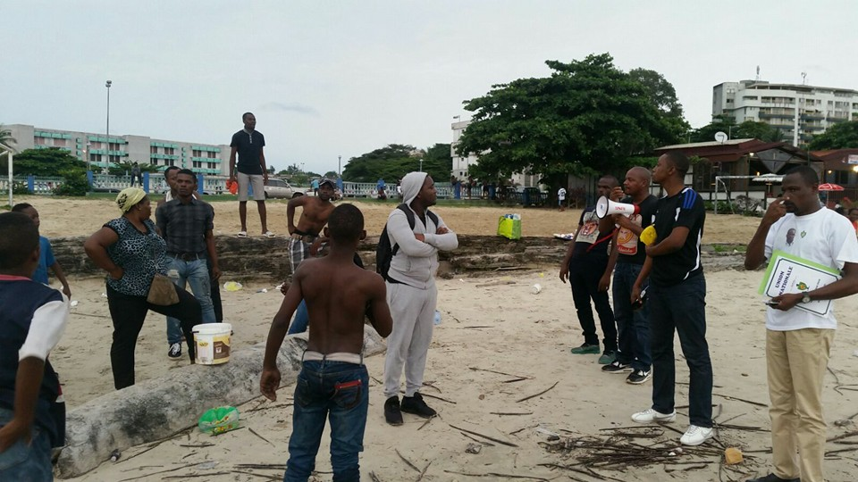 Les jeunes de l'Union nationale préparent une journée de protestation contre la candidature d'Ali Bongo