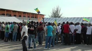 Une vue panoramique des participants au meeting @ Gabonactu.com