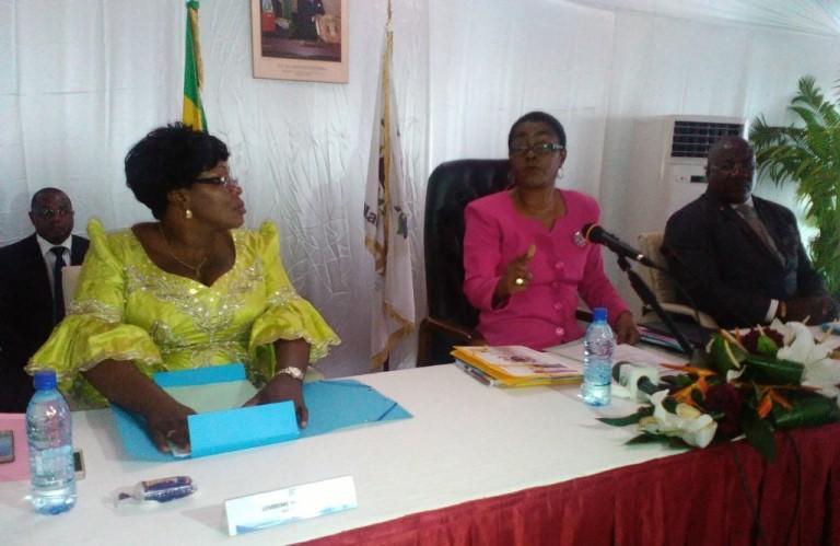 L'édile de Libreville (centre) au cours de la session budgétaire 2016 @ Gabonactu.com